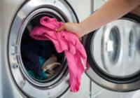 Cik ilgi veļas mašīnā drīkst atstāt mitru veļu? Ekspertu viedoklis