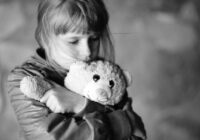 """""""Grūti ir ar viņu, nosūtīsim viņu atpakaļ uz bērnu namu, tā viņai arī vajag"""" – kā mana klasesbiedrene Nastja pārbaudīja savas ģimenes uzticību"""