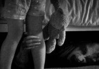 """""""Naktī zem manas gultas bija onkulis"""" – meita sacīja savam tēvam"""