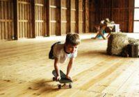 Zēns, kuram nav kāju 10 gadu vecumā kļuva par profesionālu skeitbordistu